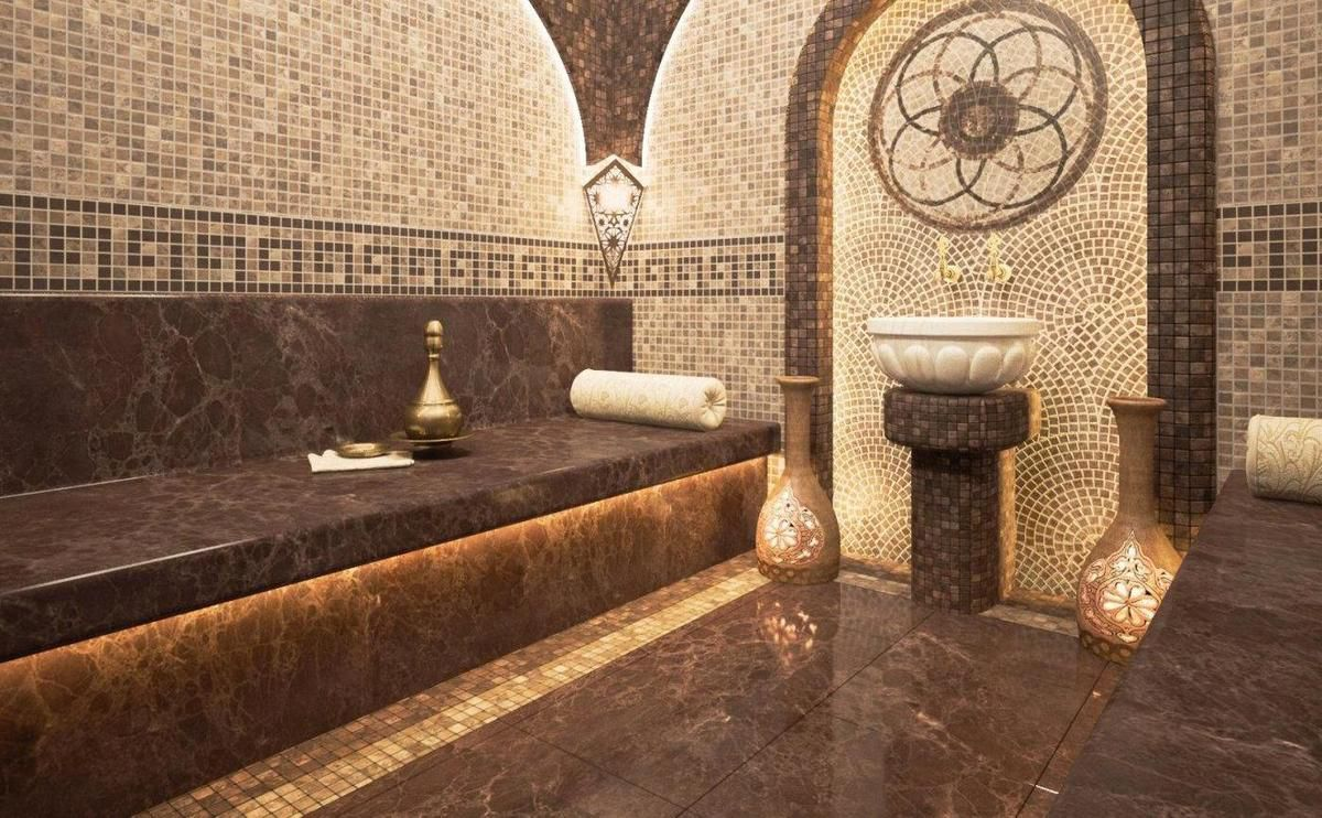 STOCK*Warming up in a hammam