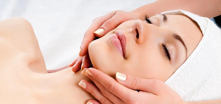 Почему важно делать массажи лица?